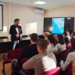 урок, посвященный 25-летию Конституции РФ