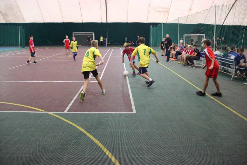 Мини-футбол в школу